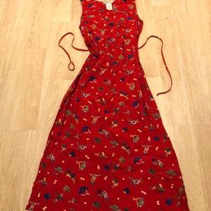 Dresses & Skirts - Long red vintage dress hat print size XL Belted